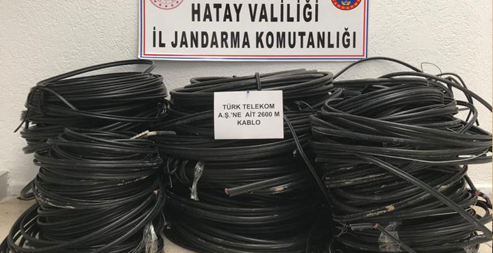 Türk Telekom Kablolarını Çalan 3 Şüpheli Yakalandı