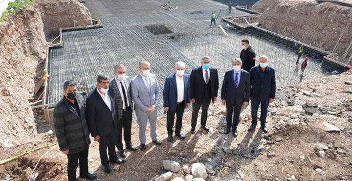 Vali Doğan Kırıkhan'da Yapılan Çalışmaları Yerinde İnceledi