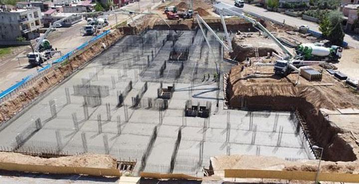 Hassa Devlet Hastanesinin Beton Dökümüne Başlandı
