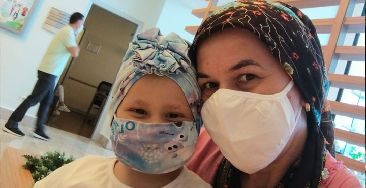 Lösemi Hastası 5 Yaşındaki Mira Yardım Bekliyor