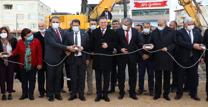 Samandağ Atatürk Sahil Parkının Temeli Atıldı
