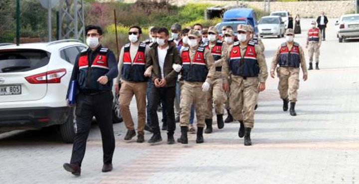 Göçmen kaçakçılığı ve uyuşturucu operasyonuna 7 tutuklama