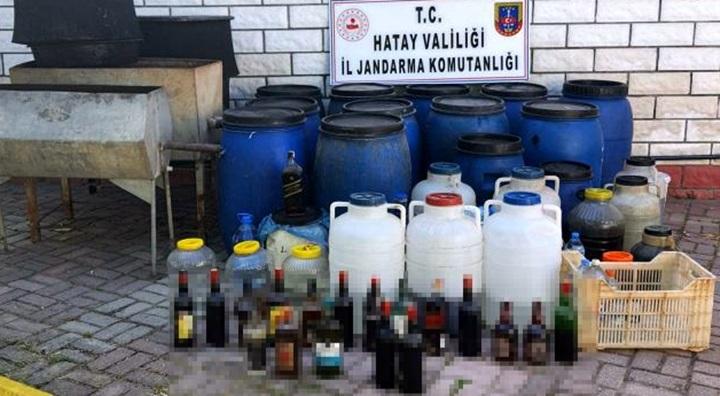 Arsuz'da kaçak alkol üreten 4 kişi gözaltına alındı