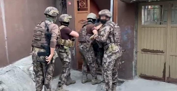 300 Polisle asayiş uygulaması; 4 zanlı gözaltında