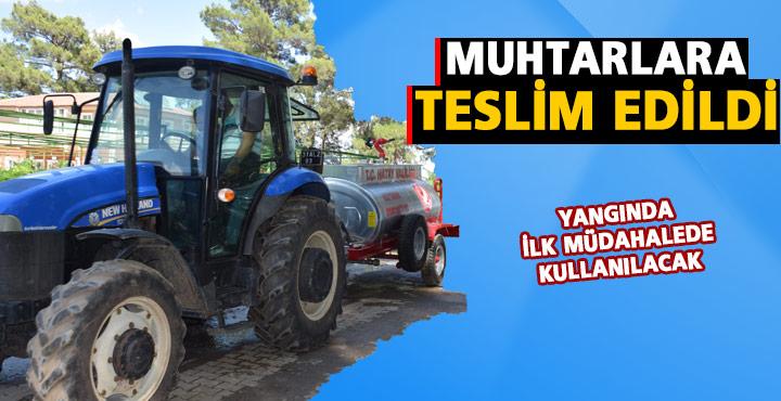 Hatay'da 30 mahalleye traktöre monteli su tankı dağıtıldı