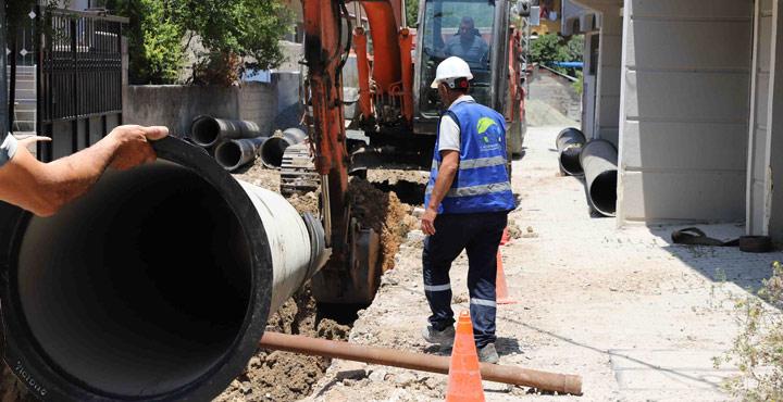 Antakya'da İçme Suyu Şebeke Çalışmaları Aralıksız Devam Ediyor