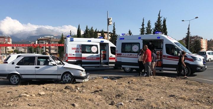 Kırıkhan'da kaza: 4 yaralı