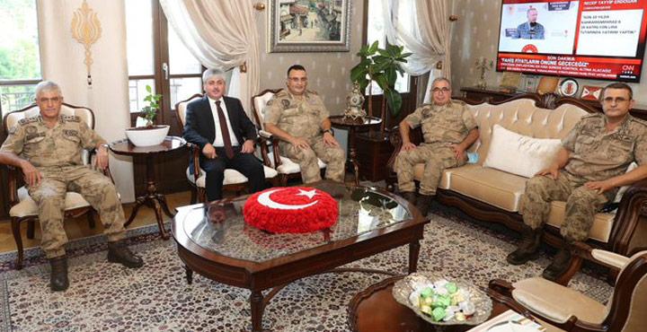 Jandarma Genel Komutanı Arif Çetin Hatay'a Geldi